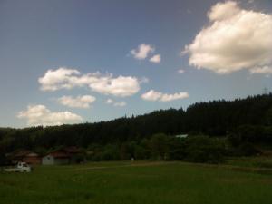 空と田と山と BGMはサマーウォーズ